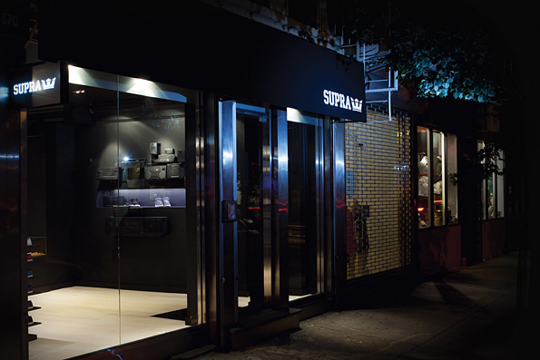 03_NYC_Storefront_angle