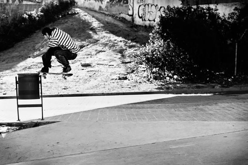 2 JAVIER_SARMIENTO_FRONTSIDE_NOSESLIDE_BW_GREY_HENRY_KINGSFORD-620x414-900x601